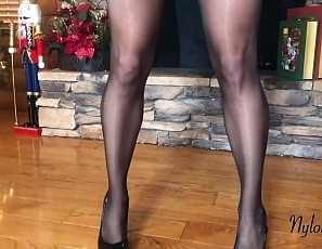 Y18PantyhoseHoliday